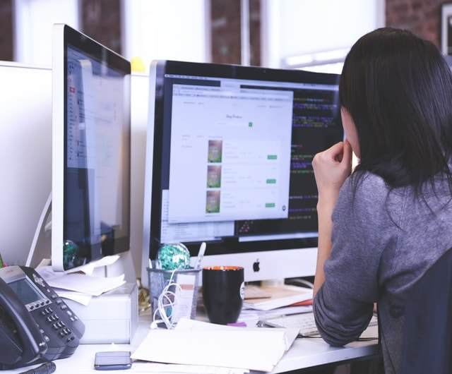 <img alt=&quot;woman looking at desktop computer screen LTI learning tools interoperability&quot;src=&quot;https://topyx.com/wp-content/uploads/2017/05/2-woman-looking-at-desktop-computer-screen-LTI-learning-tools-interoperability-.jpg &quot;/>