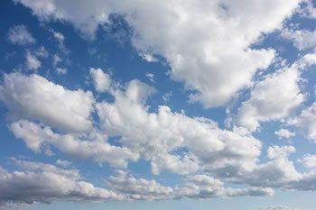 <img alt=&quot;Cloud Hosted LMS&quot;src=&quot;https://topyx.com/wp-content/uploads/2015/11/Cloud-Hosted-LMS.jpg&quot;/>