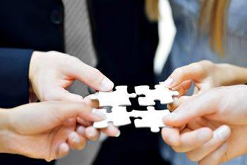 <img alt=&quot;Company Culture putting jigsaw together&quot;src=https://topyx.com/wp-content/uploads/2015/05/Company-Culture.jpg&quot;/>