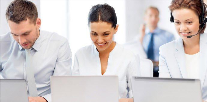 <img alt=&quot;engage LMS online training employees looking laptop &quot;src=&quot;https://topyx.com/wp-content/uploads/2016/11/engage1.jpg&quot;/>