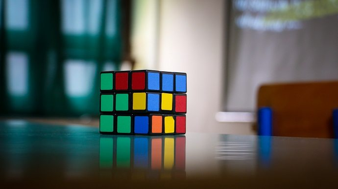 "<img alt=""gaming in corporate training rubics cube""src=""https://topyx.com/wp-content/uploads/2016/10/gaming-in-corporate-training-blog-header.jpg""/>"
