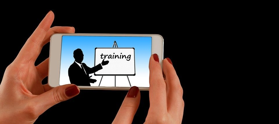 <img alt=&quot;mobile device online learning trends impact future corporate learning&quot;src=&quot;https://topyx.com/wp-content/uploads/2017/03/online-learning-trends-mobile-device-corporate-min.jpg&quot;/>