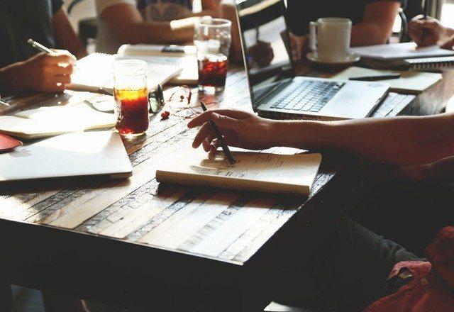 <img alt=&quot;LMS key features, LMS, social, learning management system, features, online learning, LMS key features facilitate eLearning, eLearning, mobile learning, social learning, TOPYX LMS, language localization, LMS content creation&quot;src=&quot;https://topyx.com/wp-content/uploads/2017/04/people-coffee-notes-tea-LMS-learning-management-system-eLearning.jpg&quot;/>