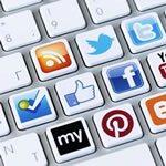 <img alt=&quot;Social LMS social media icons keyboard&quot;src=&quot;//topyx.com/wp-content/uploads/2015/07/social-media-LMS_1.jpg&quot;/>