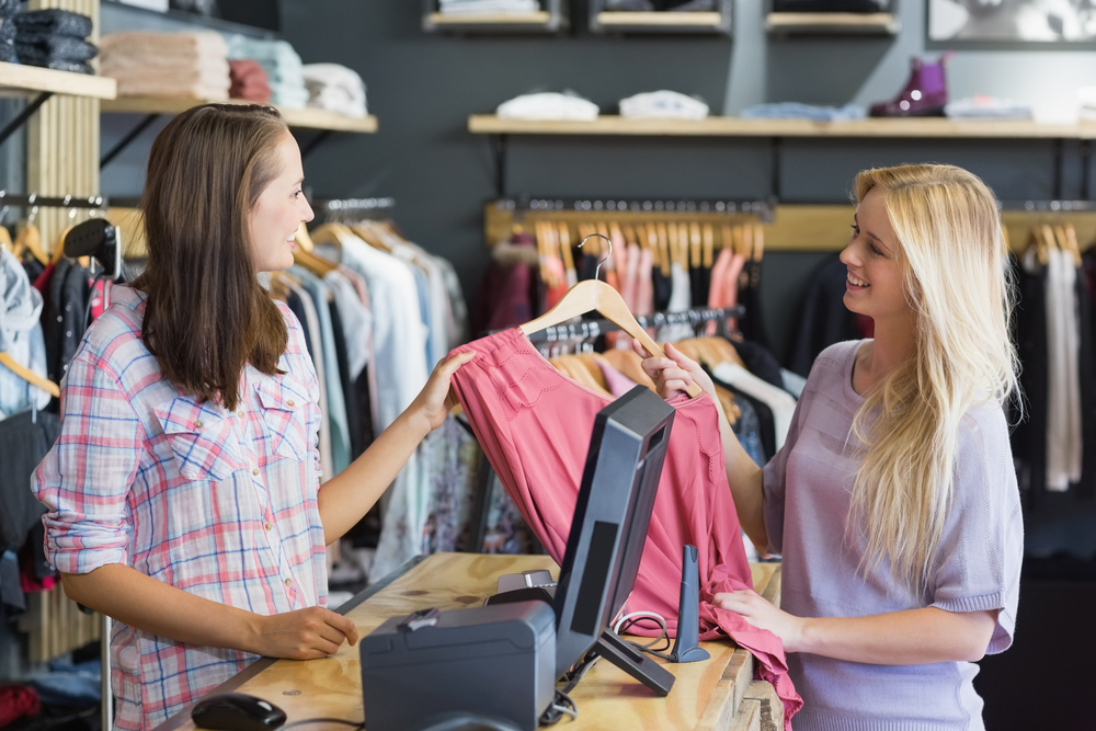 How a Learning Experience Platform Improves Retail Staff Productivity