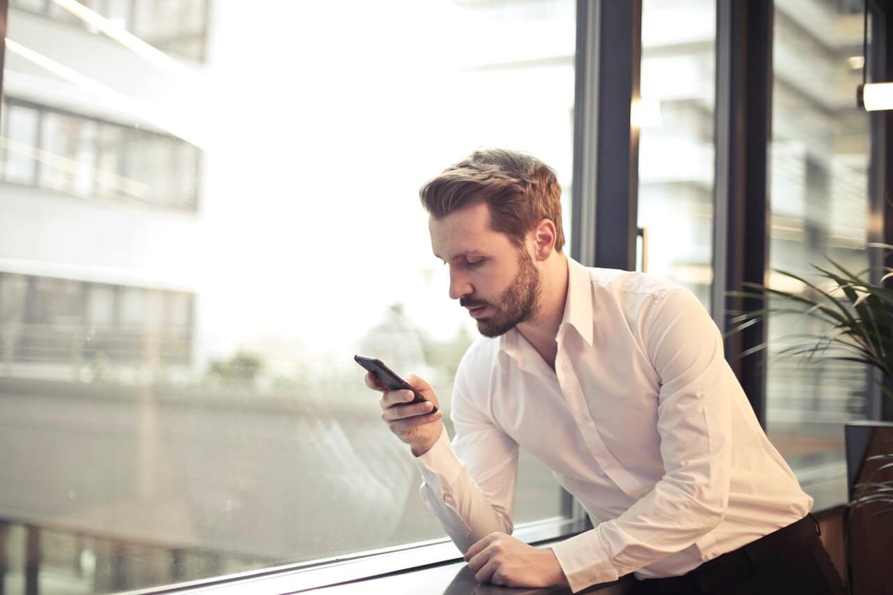LMS BYOD man with phone