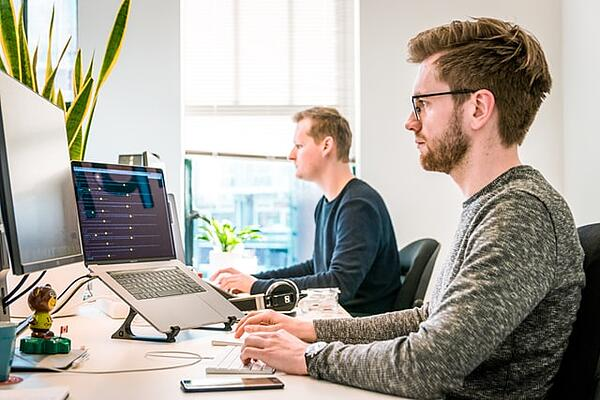 3 Ways to Make Remote Training Sessions More Engaging for Teams